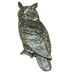 A metal owl pressing  you can use for many a craft idea